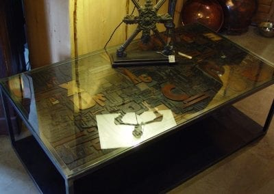 Table basse lettre
